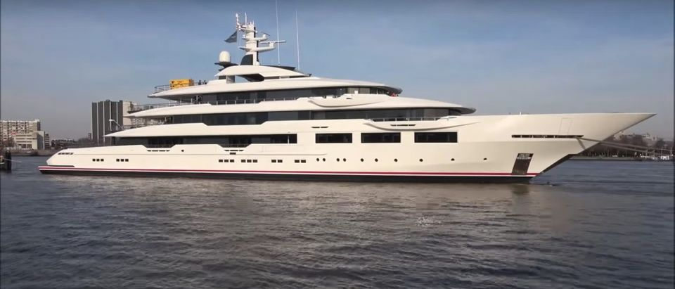 Arthur Blank Yacht (Credit: Screenshot/YouTube https://www.youtube.com/watch?v=7Hxkwpx2Obo)