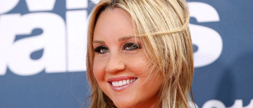 Actress Amanda Bynes arrives at the 2011 MTV Movie Awards in Los Angeles in this file photo from June 5, 2011. REUTERS/Danny Moloshok/Files