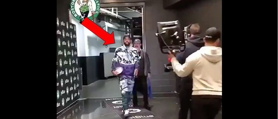 Kyrie Irving (Credit: Screenshot/Twitter Video https://twitter.com/RTNBA/status/1102326810845605889)