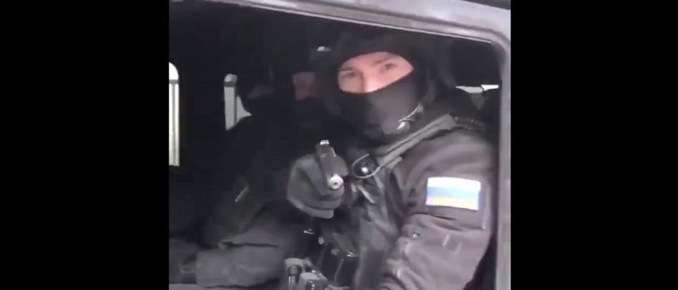 Russian Road Rage (Credit: Screenshot/Twitter Video https://twitter.com/iheartmindy/status/1110633794304802816)