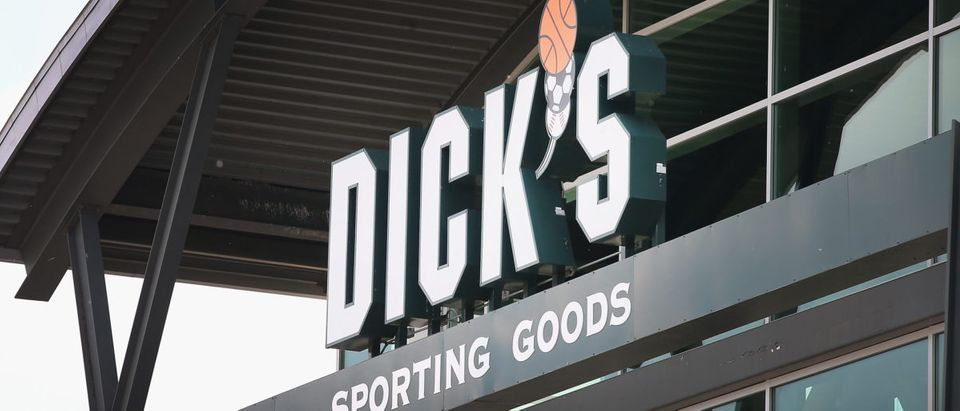 Retail Sector Slumps As Staples And Dick's Sporting Goods Report Earnings Drops (Scott Olson/Getty Images)