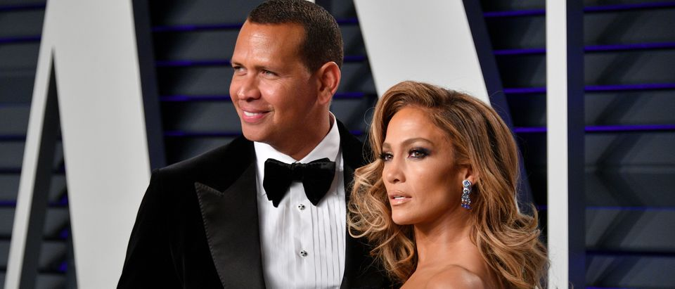 BEVERLY HILLS, CA - FEBRUARY 24: Alex Rodriguez (L) and Jennifer Lopez attend the 2019 Vanity Fair Oscar Party hosted by Radhika Jones at Wallis Annenberg Center for the Performing Arts on February 24, 2019 in Beverly Hills, California. (Photo by Dia Dipasupil/Getty Images)