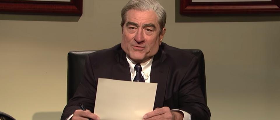 Robert De Niro plays Robert Mueller on Saturday Night Live March 30, 2019. Screenshot from Youtube.
