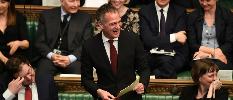 British Labour MP Peter Kyle laughs as he speaks at the House of Commons in London, Britain April 1, 2019. ©UK Parliament/Jessica Taylor/Handout via REUTERS ATTENTION EDITORS