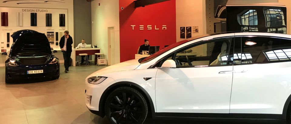 Tesla electric cars are seen in the dealer's showroom in Oslo, Norway March 28, 2019. REUTERS/Lefteris Karagiannopoulos