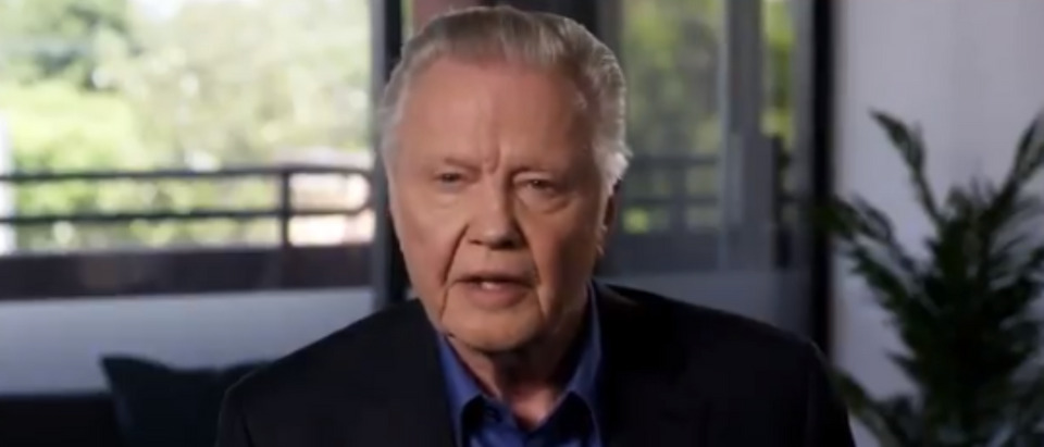 Jon Voight praises President Trump (Twitter screengrab)