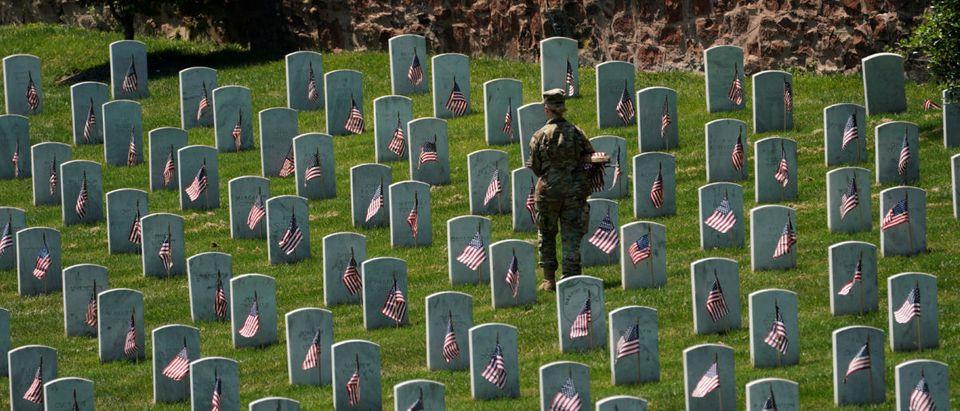 Arlington-Cemetery-Reuters
