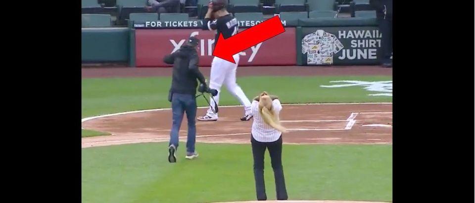 White Sox First Pitch (Credit: Screenshot/Twitter Video https://twitter.com/FSKansasCity/status/1133519624220291072)