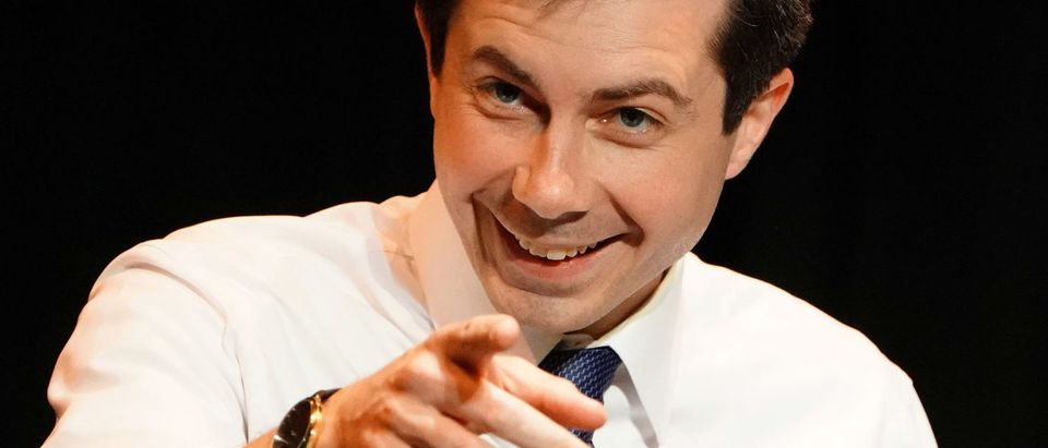 Mayor of South Bend, Indiana and Democratic Presidential hopeful Pete Buttigieg speaks during a campaign appearance at Laguardia College in the Queens borough of New York, New York, U.S., May 22, 2019. REUTERS/Carlo Allegri