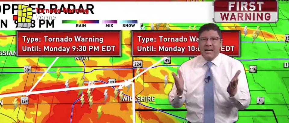 Ohio meteorologist Jamie Simpson gives severe weather updates. Screen Shot/Fox 45