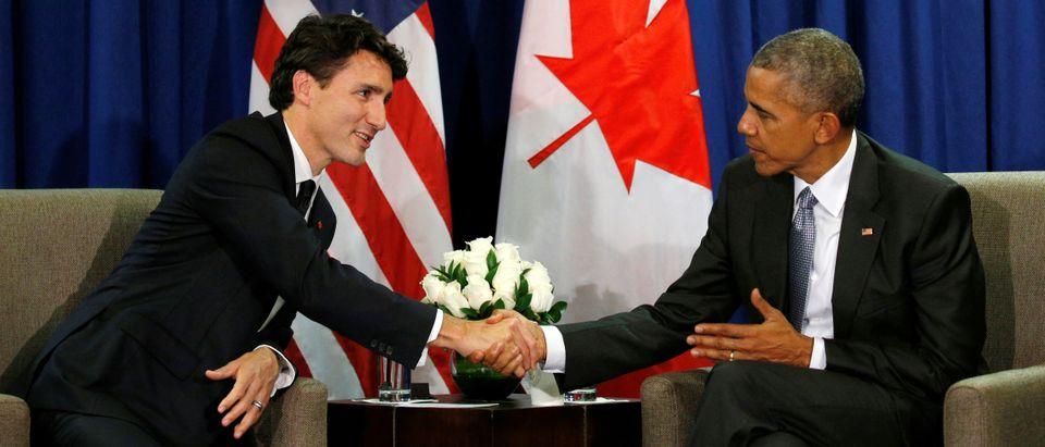 Obama and Trudeau meet at the APEC Summit in Lima, Peru