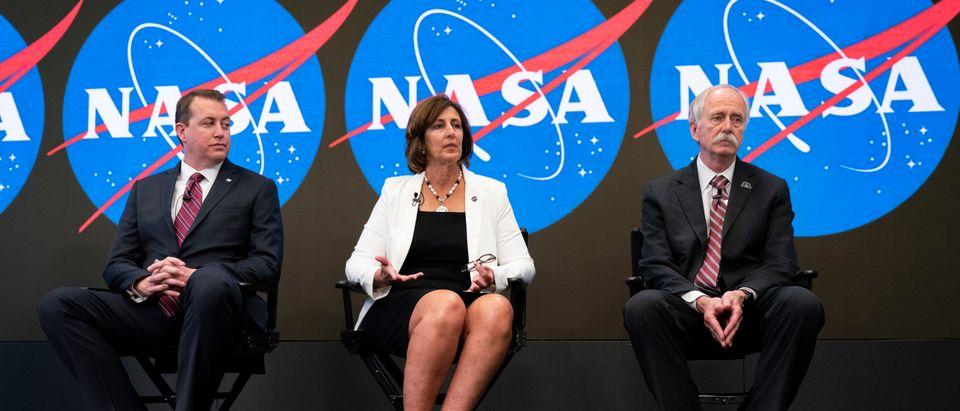 NASA Chief Financial Officer Jeff DeWit, ISS Deputy Director Robyn Gatens and NASA Associate Administrator for Human Exploration and Operations Bill Gerstenmaier speak during a press conference to address the opening of the International Space Station to expanded commercial activities (Drew Angerer/Getty Images)