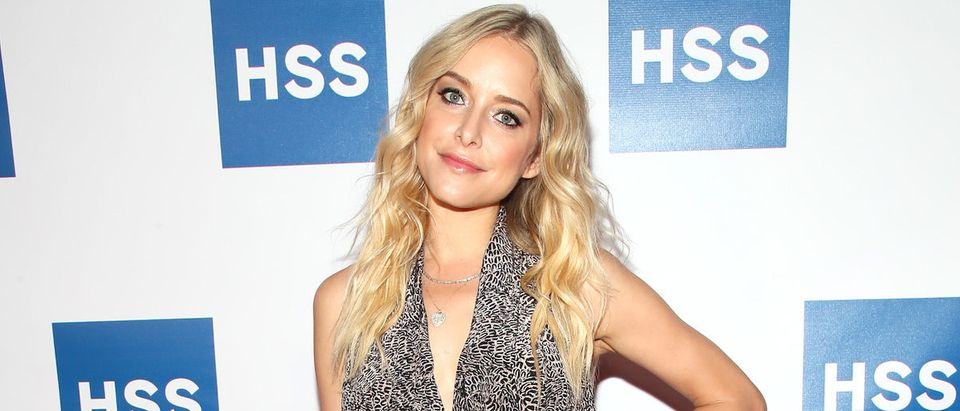 Actress Jenny Mollen attends The Hospital for Special Surgery 35th Tribute Dinner at the American Museum of Natural History on June 4, 2018 in New York City. (Photo by Astrid Stawiarz/Getty Images for Hospital for Special Surgery)