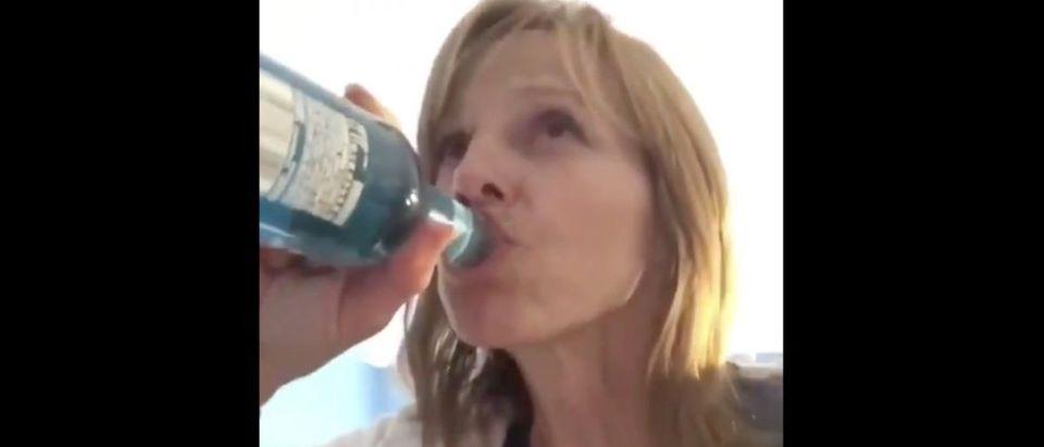 Mom Chugging (Credit: Screenshot/Twitter Video https://twitter.com/barstoolsports/status/1141414847063691265)