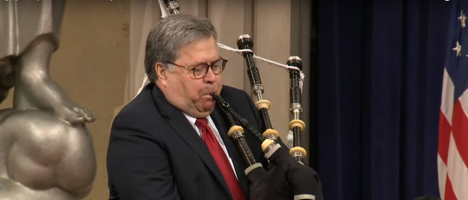 bill barr bagpipes