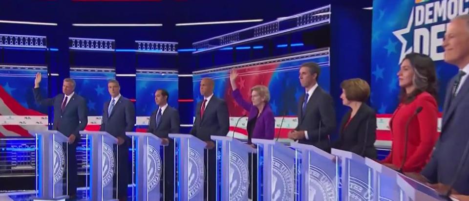 Warren and De Blasio Raise Hands At Debate