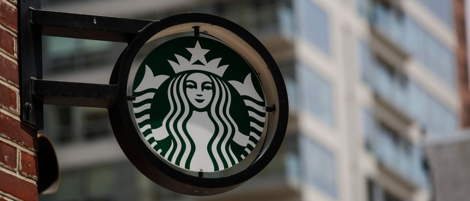 racism-Starbucks-US-POLITICS-RACISM-EDUCATION-STARBUCKS