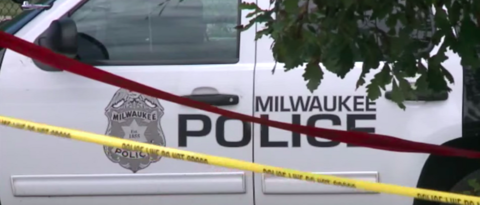Milwaukee police (Credit: Youtube Screenshot FOX6 News Milwaukee https://www.youtube.com/watch?v=xs631u8gBao)