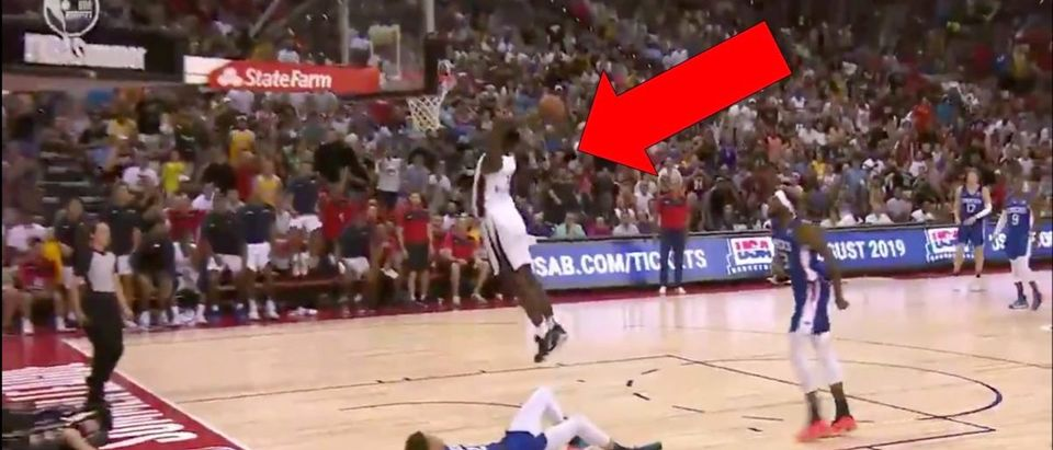 Zion Williamson Summer League Dunk (Credit: Screenshot/Twitter Video https://twitter.com/espn/status/1147328339897532417?s=21)