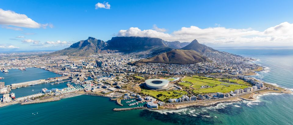 Ariel view of Cape Town, South Africa. (Shutterstock_773245780/Deyan Denchev)