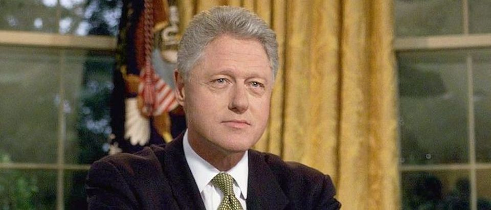 US President Bill Clinton poses for photographs af