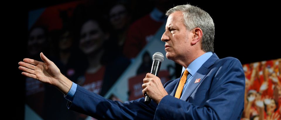 DES MOINES, IA - AUGUST 10: Democratic presidential candidate and New York City Mayor Bill de Blasio speaks during a forum on gun safety at the Iowa Events Center on August 10, 2019 in Des Moines, Iowa. The event was hosted by Everytown for Gun Safety. (Photo by Stephen Maturen/Getty Images)