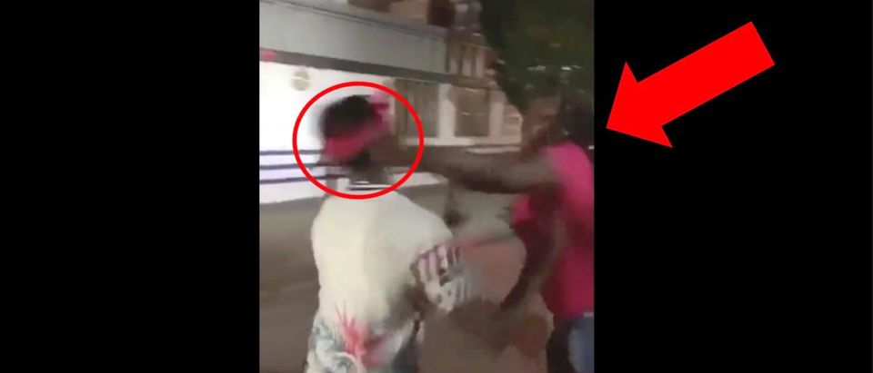 Woman punching guy video (Credit: Screenshot/LiveLeak Video https://www.liveleak.com/view?t=CPEDX_1566294946)