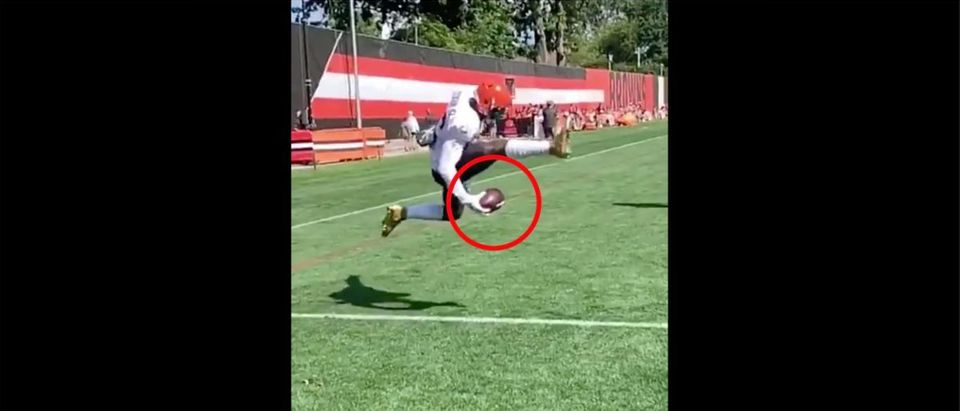 Odell Beckham Jr. (Credit: Screenshot/Twitter Video https://twitter.com/Browns/status/1163467188528996356)