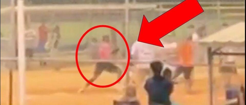 Tyrell Jenkins (Credit: Screenshot/TMZ Video https://www.tmz.com/2019/08/04/tyrell-jenkins-throws-punches-crazy-softball-game-brawl/)