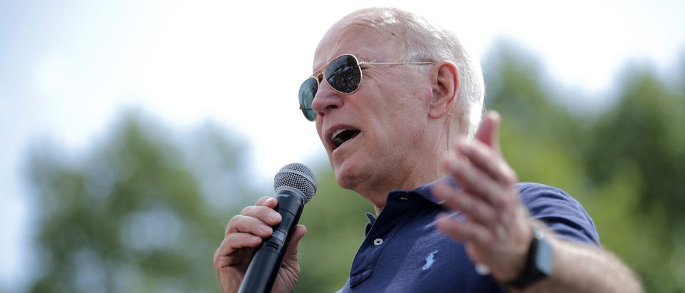 DES MOINES, IOWA - AUGUST 08: Democratic presidential candidate and former Vice President Joe Biden delivers a 20-minute campaign speech at the Des Moines Register Political Soapbox at the Iowa State Fair August 08, 2019 in Des Moines, Iowa. 22 of the 23 politicians seeking the Democratic Party presidential nomination will be visiting the fair this week, six months ahead of the all-important Iowa caucuses. (Photo by Chip Somodevilla/Getty Images)