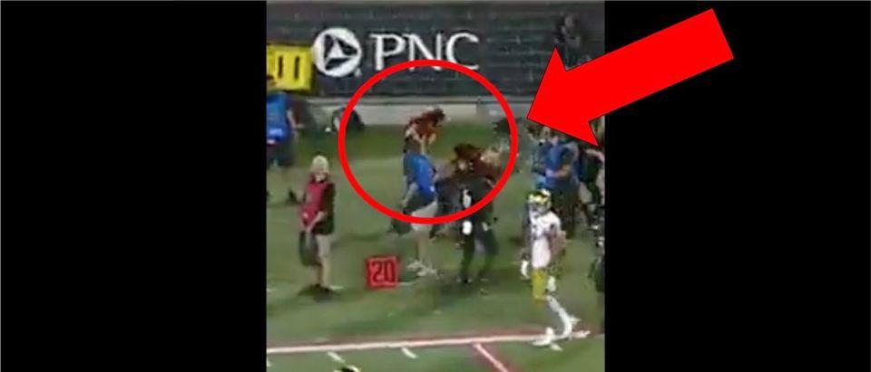 Notre Dame Cheerleader Pass (Credit: Screenshot/Twitter Video https://twitter.com/notsportscenter/status/1168722127228493828?s=21)