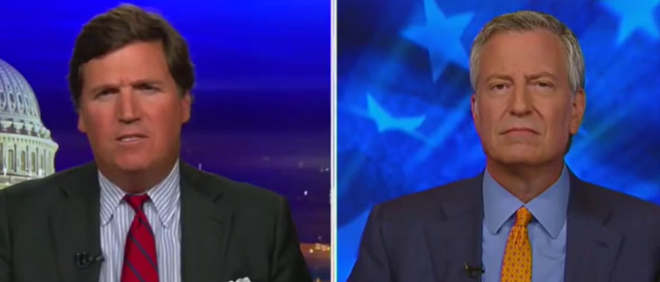 Tucker Carlson and Bill de Blasio find common ground (Fox News screengrab)