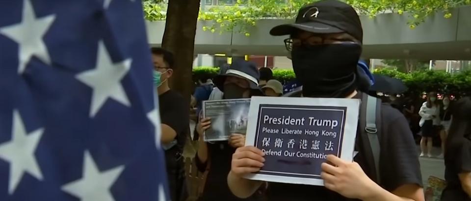 Hong Kong protesters call for Trump