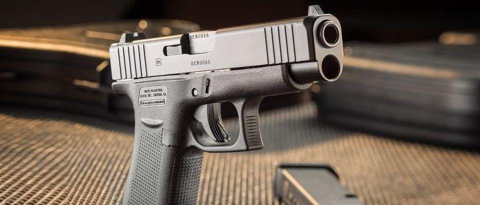 AR_glock48-5