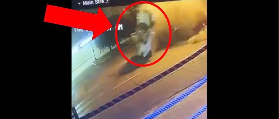 Errol Spence Jr Crash Video (Credit: Screenshot/Twitter Video https://twitter.com/jdmiles11/status/1182348632210771968)