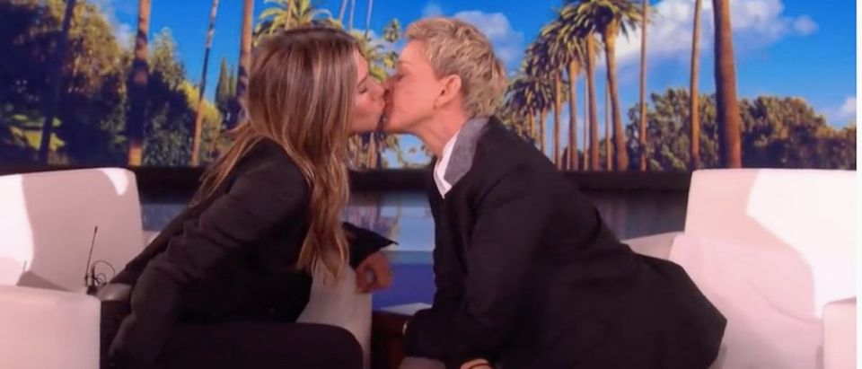 Jennifer Aniston And Ellen DeGeneres kiss. (Photo: YouTube Screenshot)