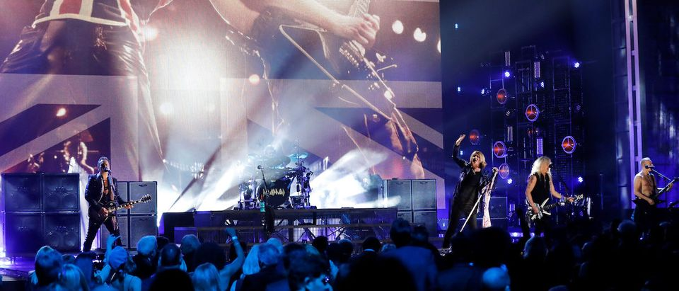 Inductees Def Leppard perform during the 2019 Rock and Roll Hall of Fame induction ceremony in Brooklyn, New York, U.S., March 29, 2019. REUTERS/Mike Segar