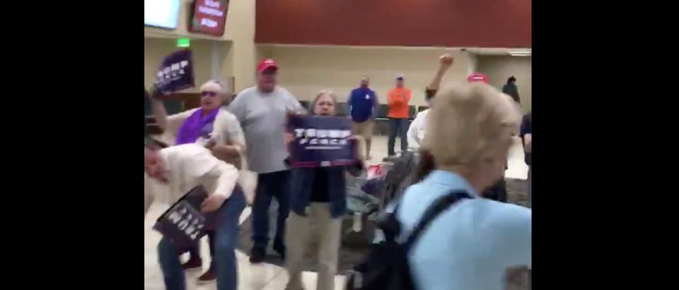 Warren airport pro-Trump protesters