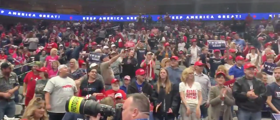Trump rally crowd gets warmed up at American Airlines Center in Dallas. Screen Shot/Twitter/SarahA