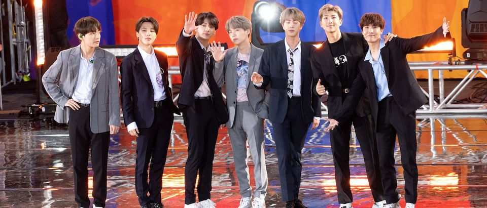 "Kim Tae-hyung, Park Ji-min, Jungkook, Suga, Kim Seok-jin, RM and J-Hope of BTS perform on ""Good Morning America"" on May 15, 2019 in New York City. (Photo by Noam Galai/Getty Images)"