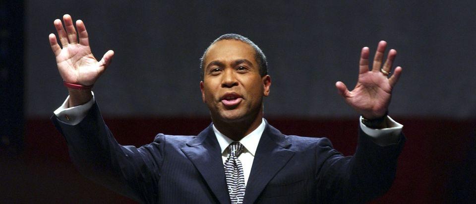 Leading Democrats Campaign With Deval Patrick