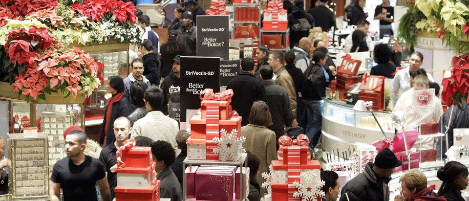 Last-Minute Shoppers Hunt For Christmas Gifts