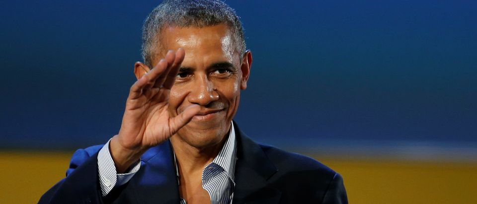 Former U.S. President Barack Obama waves after speaking at the Global Food Innovation Summit in Milan, Italy, May 9, 2017. REUTERS/Alessandro Garofalo