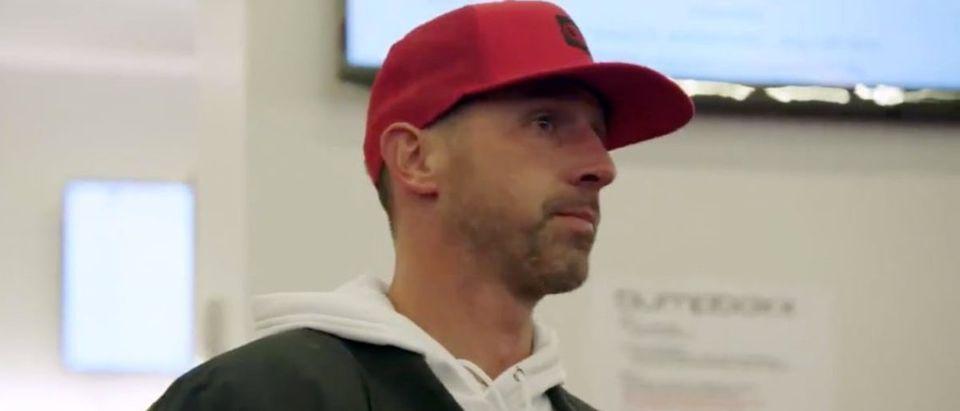 Kyle Shanahan (Credit: Screenshot/Twitter Video https://twitter.com/49ers/status/1208634273051209728)