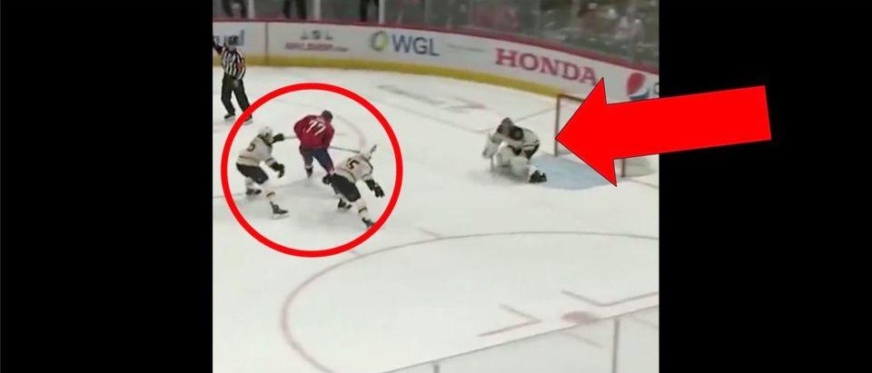 T.J. Oshie (Credit: Screenshot/Twitter Video https://twitter.com/NHLonNBCSports/status/1204935438991056902)