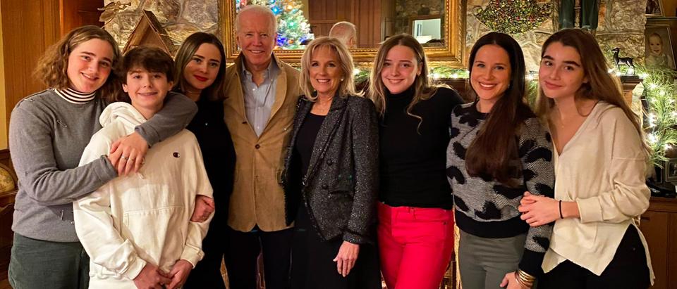 Joe Biden shares family holiday photo. Screen Shot/Twitter/@JoeBiden