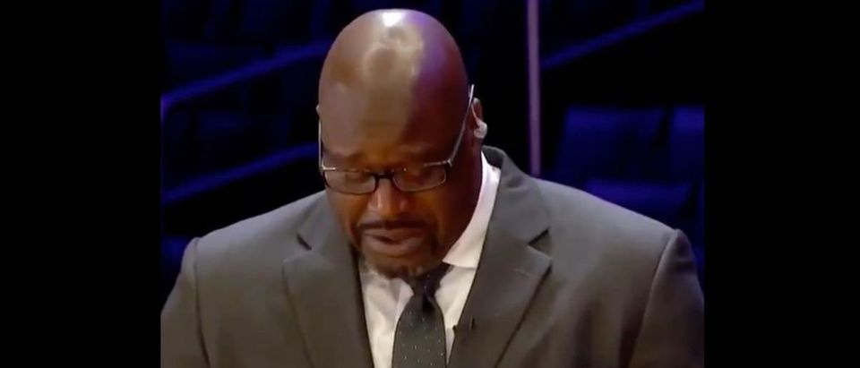 Shaq, Kobe (Credit: Screenshot/Twitter Video https://twitter.com/overtime/status/1222318974819602434)