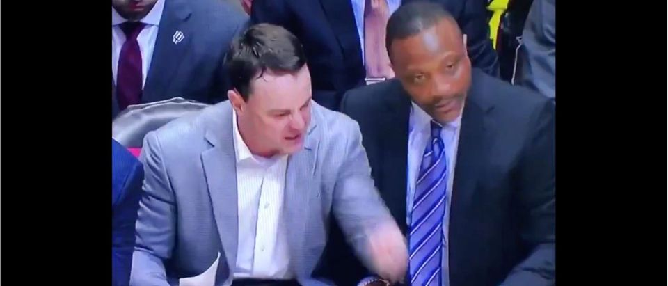 Archie Miller (Credit: Screenshot/Twitter Video https://twitter.com/NYeoman/status/1233199473939099651)