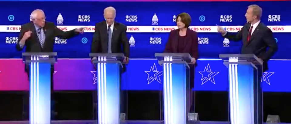 The moderators struggled to control the Democratic candidates during Tuesday's debate. (Screenshot Twitter Christian Datoc)
