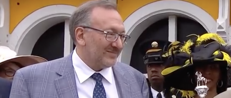 Pictured is a screenshot of billionaire Seth Klarman talking about horse racing (Screenshot/YouTube)